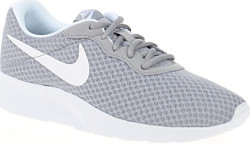 Nike 812655-010 WMNS Nike Tanjun Kadın Spor Ayakkabı - Thumbnail