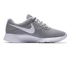 Nike - Nike 812655-010 WMNS Nike Tanjun Kadın Spor Ayakkabı